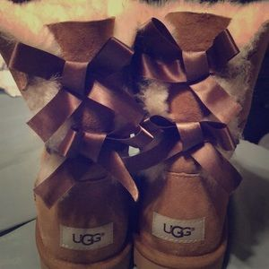 Brand new caramel colored uggs , never worn !
